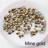 Стразы Ромбики-малыши 3х5 мм Metallic Gold Nailstraz, (набор 5шт)